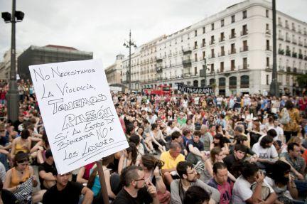 Ha vuelto el movimiento 15M a las plazas españolas. Han vuelto con fuerzas renovadas. Puede que no hayan vuelto, ya que nunca se fueron. Gente de todas las edades se […]
