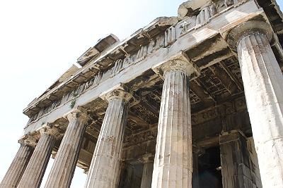 Puede que Atenas sea una de esas ciudades que hay que visitar casi por obligación. Pero actualmente la gente se echa atrás por circunstancias políticas, sociales e incluso por el […]