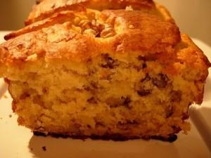 Ingredientes 100gr de nueces peladas 300gr de harina 1 huevo 75gr de azúcar 2 cucharaditas de levadura Royal 75gr de mantequilla o margarina  Elaboración En un bol se coloca […]