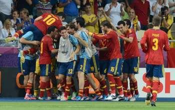 Acaba de terminar el gran partido, el que nos ha dado la oportunidad de hacer historia en el mundo del fútbol. Somos la primera selección que conseguimos tres títulos seguidos. […]