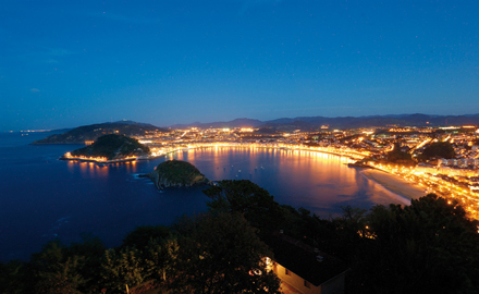 A pocas horas del comienzo del Festival Internacional de Cine de San Sebastián, el comparador de precios de hoteles www.trivago.es publica los datos de disponibilidad en los alojamientos de la […]