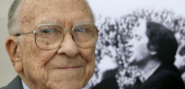 El martes 18 de Septiembre nos dejó para siempre, por lo menos en la vida terrenal, Santiago Carrillo asus 97 años de edad. Murió durante la siesta, tranquilamente en su […]