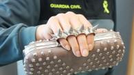 El Equipo de Inspecciones de la Intervención de Armas y Explosivos de la Comandancia la Guardia Civil de Tarragona, en un control de establecimientos, ha intervenido 26 bolsos que llevaban […]