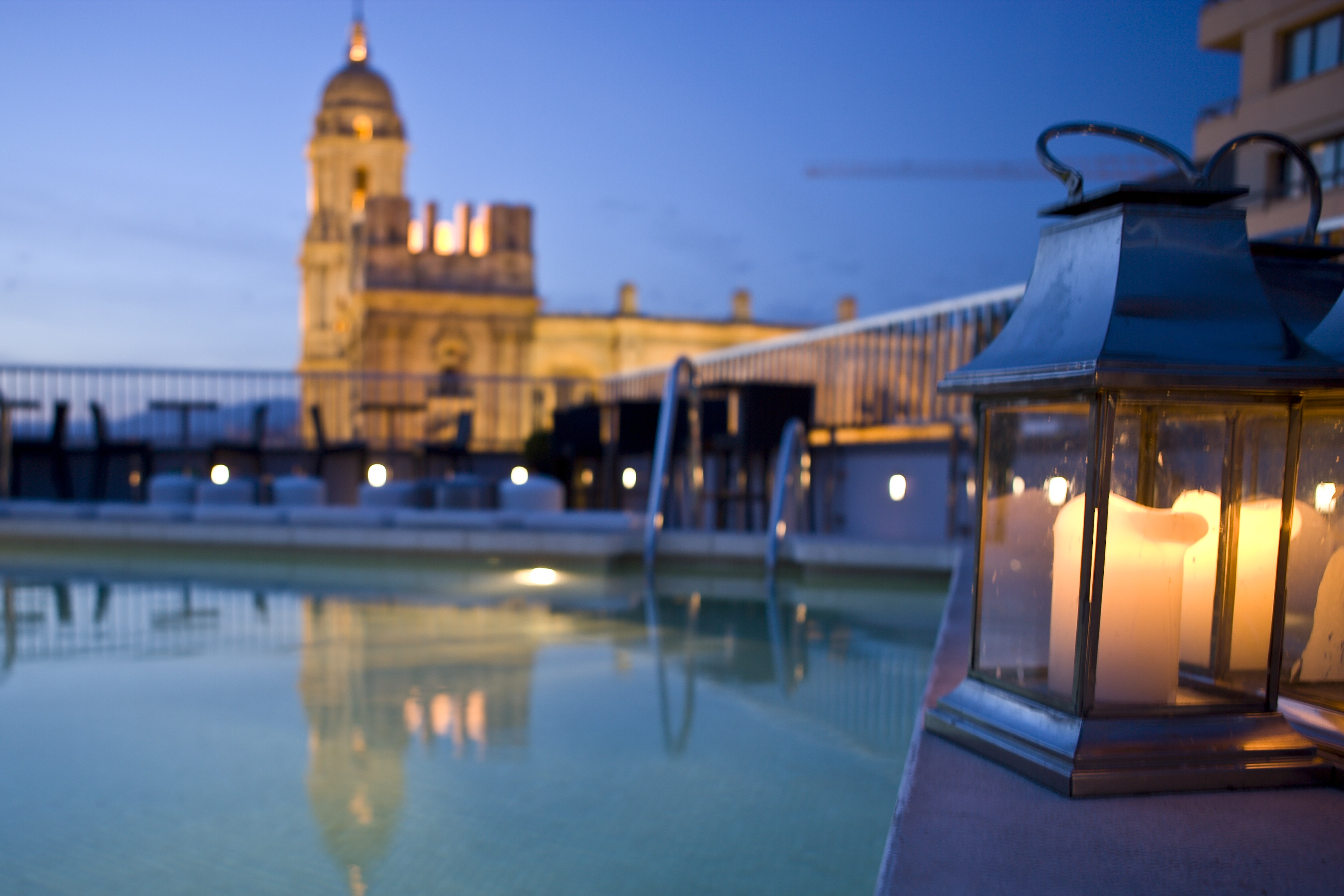 El comparador de precios de hoteles www.trivago.es publica un ranking con los 10 mejores hoteles con piscina en la azotea de España. Para elaborarlo se han tenido en cuenta […]