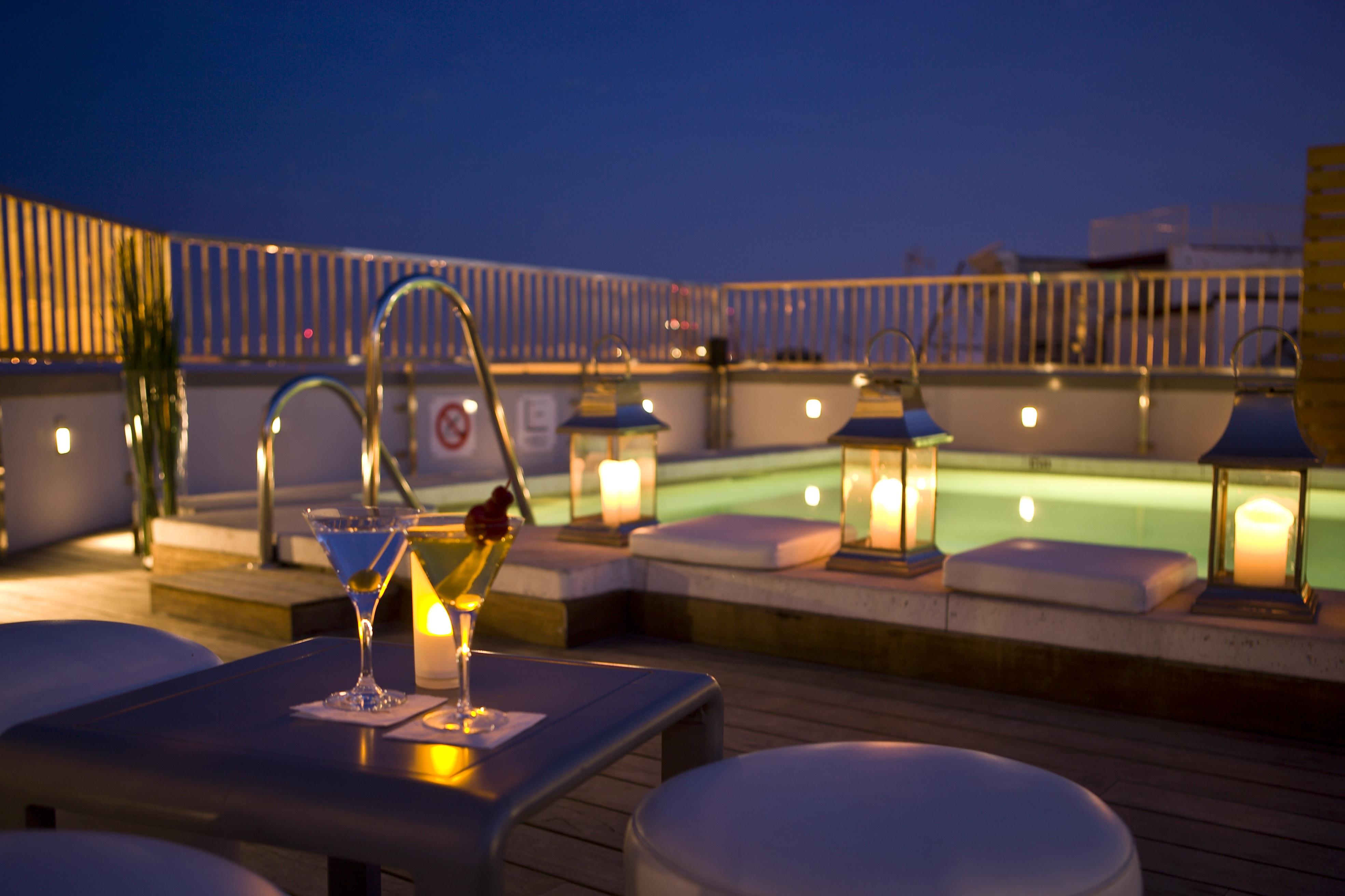 Las mejores terrazas con piscina en hoteles espa oles