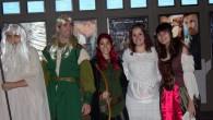 """. Anoche en los cines Kinépolis de Madrid se presentó la continuación de """"El Hobbit: un viaje inesperado"""", titulada """"El Hobbit: la desolación de Smaug"""". Quién es el desolado Smaug, […]"""