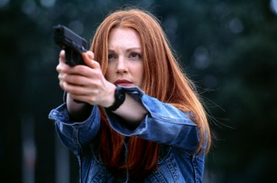 julianne-moore-hannibal-2001