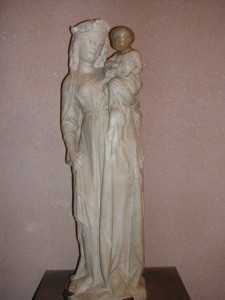 Etatua o escultura de bulto redondo