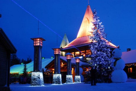 Santa-Claus-Village-460x308