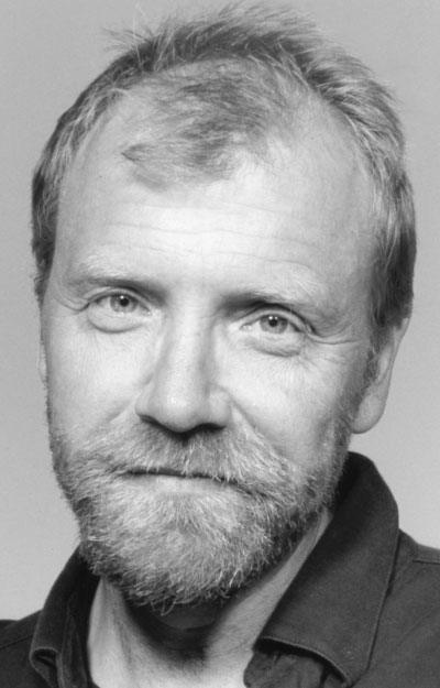 An analysis of the braindead megaphone by george saunders
