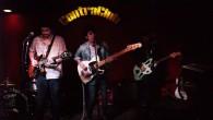 Dos bandas se reunieron en la madrileña sala Contraclub para demostrar de lo que son capaces.Abriría el concierto los locales The Garage Players, tras presentar el EP Solo con Hielo, […]