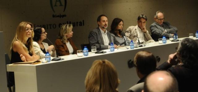 Hoy a las 11,00 hora española se fallaba en el Ámbito Cultural de El Corte Inglés de Callao en Madrid, el I Premio Dos Passos a la primera novela, con […]