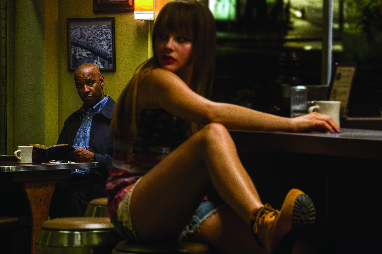 Denzel Washington;Chloe Grace Moretz