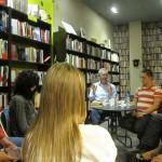 """El tercer jueves de cada mes la Asociación Escritores de Rivas (ER) realiza una tertulia en la que dos autores mantienen un coloquio con el público en La librería """"Las […]"""