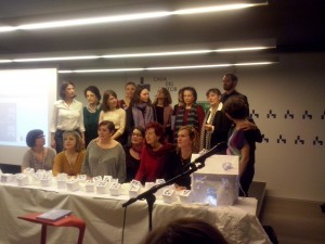 Poetas y algunas personalidades de embajadas y distintas entidades que representan a los países de la U.E.