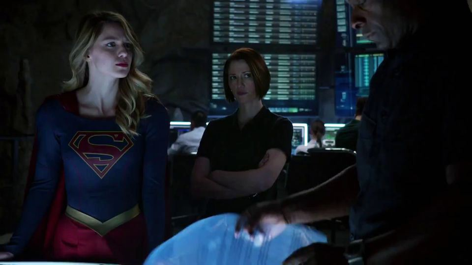 Supergirl-Trailer-7