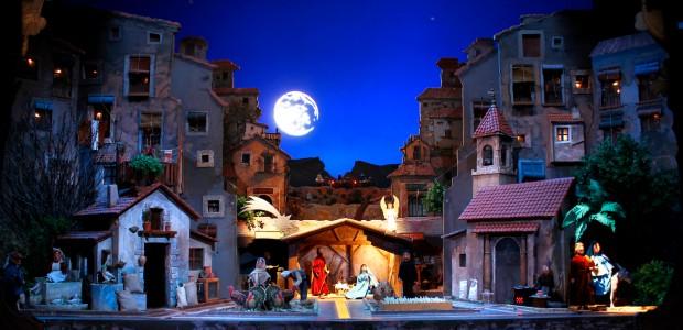Hoy nos desplazamos hasta la localidad alicantina de Alcoy para conocer una tradición navideña muy querida por sus habitantes. Se trata del Belén del Tirisiti, una representación teatral con títeres […]